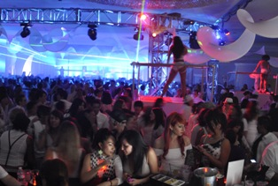 The Dinah White Party 2012 in Palm Springs, California (Photo: Courtesy of The Dinah)