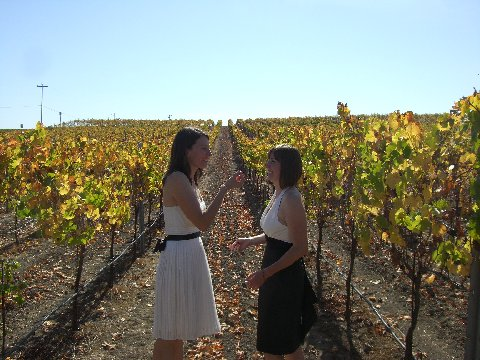 Girls in the vineyards (Photo: Courtesy of Gay Napa Getaways)