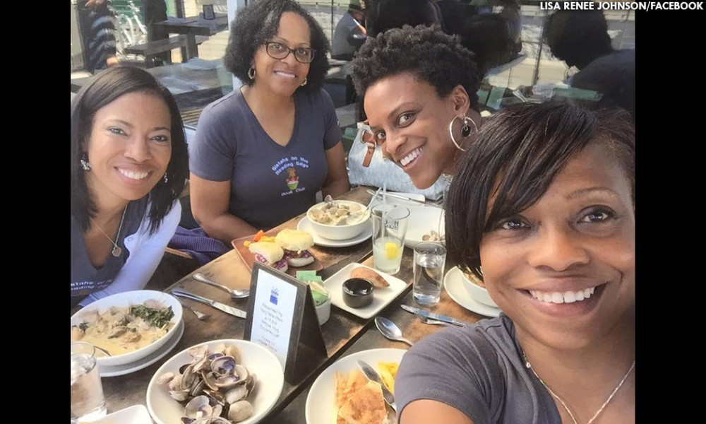A selfie moment, Lisa Johnson, organizer of the Sisters on the Reading Edge, a book club, snaps a shot of her and the girls enjoying the Napa Valley Wine Train on August 22. (Photo: Lisa Johnson)