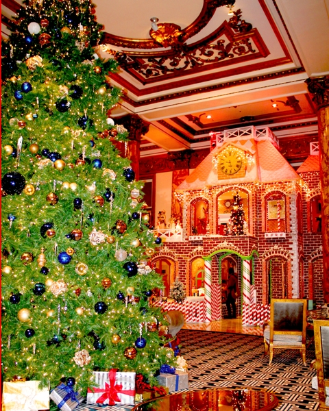 The Giant Gingerbread House at the Fairmont in San Francisco. (Photo: Super G)