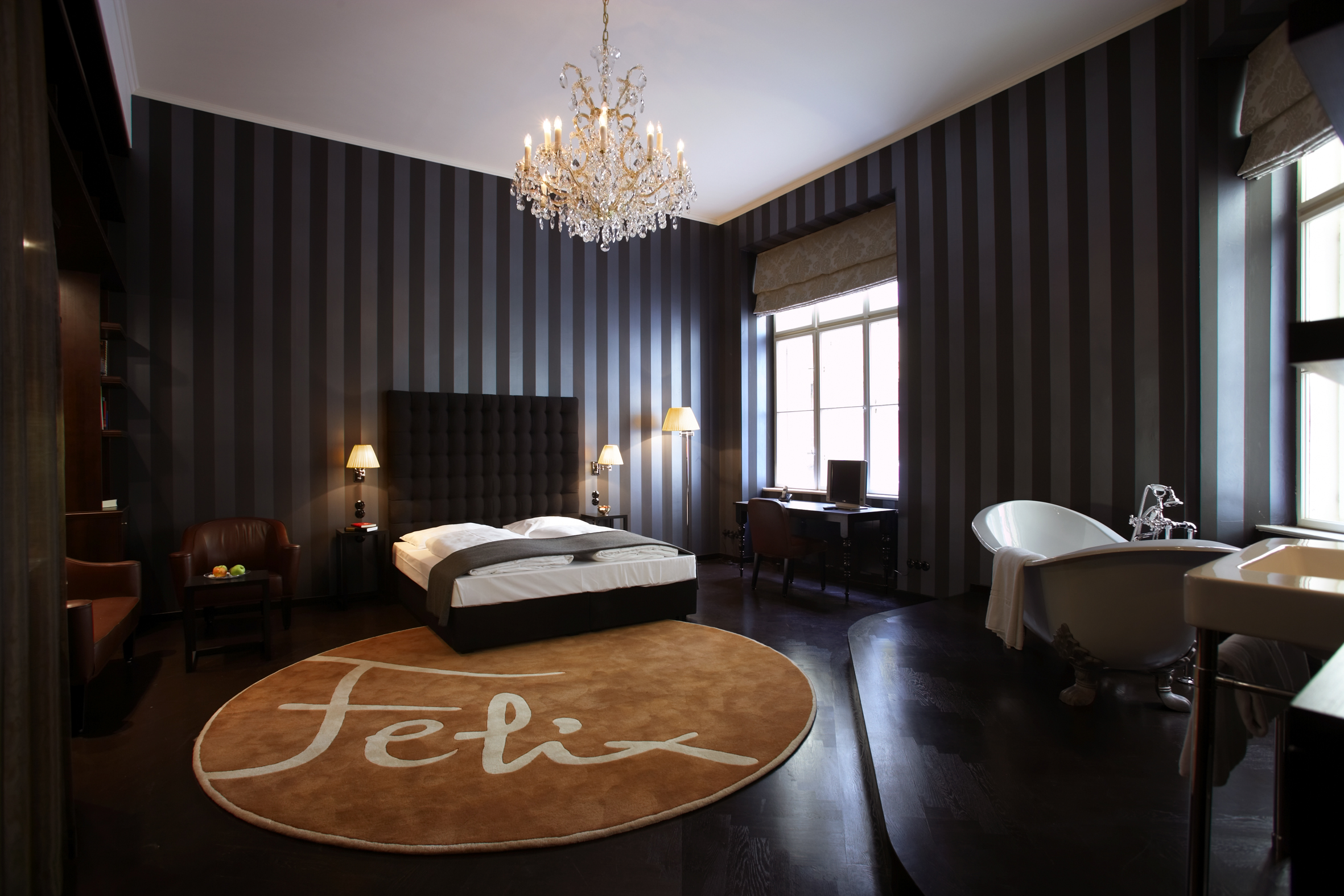 Inspire your senses sleeping in a uniquely designed room at the Altstadt Vienna. (Photo: Courtesy of the Altstadt Vienna)