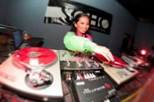 DJ Amara (Photo: malialeinauphoto)