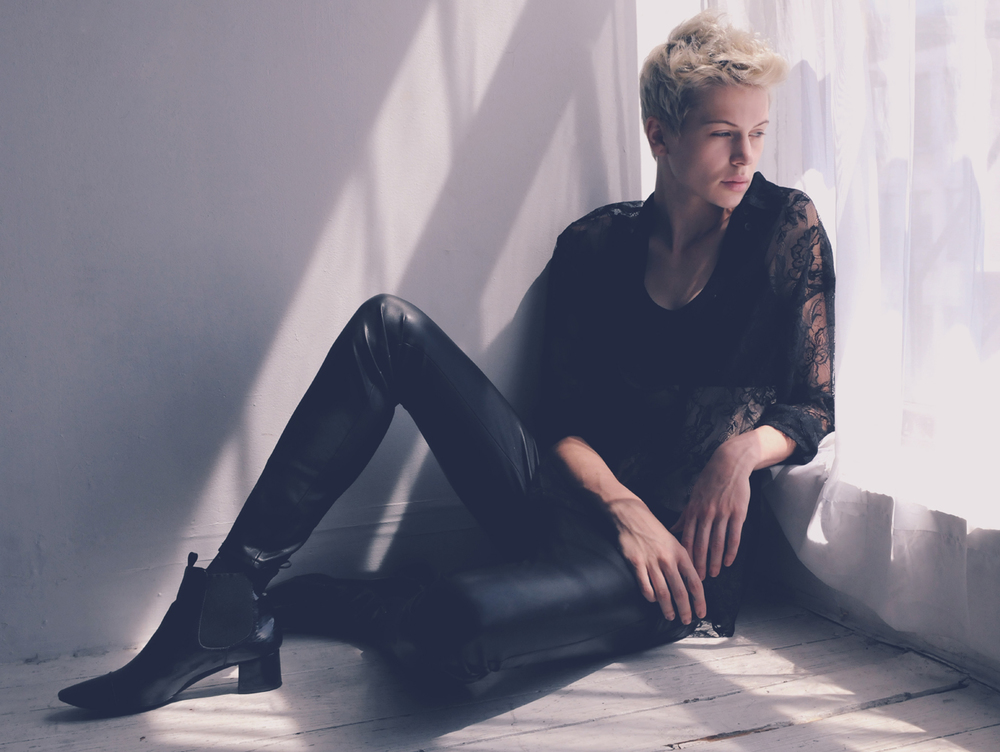 Androgynous model turn musician Madison Paige (Photo: www.modelsimetandliked.com)