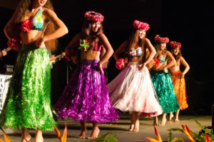 Celebrating Hawaii's culture hula dancers perform for guests at the Ritz-Carlton Kapalua in Maui. (Photo: Courtesy of the Ritz-Carlton Kapalua)