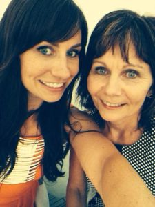 New Zealand woman Gayleen McEwan, right, with daughter Kelly, left, has been identified as the woman who died in Saint Martin after being blown over by a jet. (Photo: Courtesy of news2read.com)
