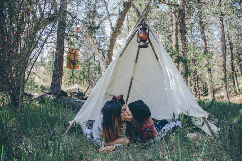Two camping lesbians kissing (Photo: Courtesy of Steph Grant Photography)